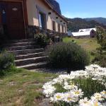 Hotel Pictures: Hosteria Koonek, El Chalten