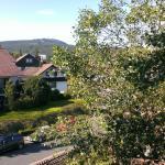 Wurmberg Hexe mit Blick auf den Wurmberg, Braunlage