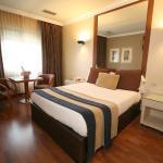 Hotel Pictures: Motel Aeropuerto, Vigo