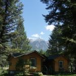 Hotel Pictures: Fairmont Mountain Bungalows, Fairmont Hot Springs
