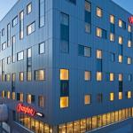 Hotel Pictures: Hampton by Hilton London Gatwick Airport, Gatwick