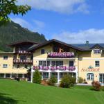 Foto Hotel: Jugendhotel Angerhof, Oberau