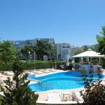 Hotel Pictures: Sineva Del Sol Apartments, Sveti Vlas