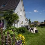 Hotel Pictures: Chambres d'hôtes L'Abri Cotier Rue de la Baie, Saint-Valery-sur-Somme