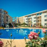 Foto Hotel: Nessebar Fort Club Apartments, Sunny Beach