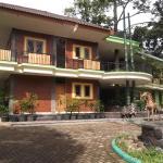 Fresh Green Hotel & Kebun Fresh Green,  Trawas