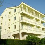 Apartments Petricevic, Selce