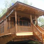 Buckingham Palace Group Of House Boats, Srinagar