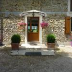 Hotel Pictures: Chambres d'Hôtes de la Junchère, Saint-Hilaire-de-Court