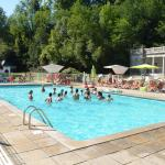 Hotel Pictures: Camping Audinac Les Bains, Saint-Girons