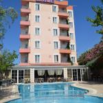 Megas Hotel,  Ayvalık