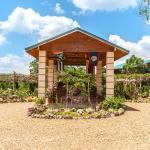 Hotel Pictures: Dream Valley Jungle Resort, Teakettle Village