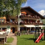 Hotel Pictures: Familien und Wanderhotel Clarezia, Waltensburg