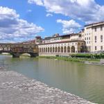 Lungarno Serristori, Florence