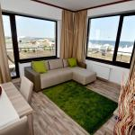 Summerland Sea-View Luxury Apartment, Mamaia