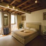 Suite Ghibellina,  Florence