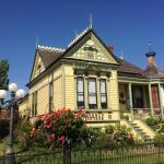 Waverly Cottage,  Medford