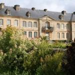 Hotel Pictures: Chateau De Pont-Rilly, Négreville