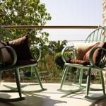 Apartments Holiday, Vir