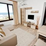 Summerland Sea-View Apartment, Mamaia