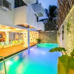 Beachwood Hotel and Spa at Maafushi,  Maafushi
