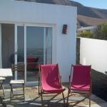 Hotel Pictures: Bozhom, Famara