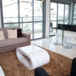 Ziv Apartments - 8 Amos Street, Tel Aviv
