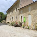 Hotel Pictures: Château Puygrenier, Villefranche-de-Longchat