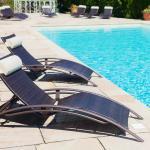 Hotel Pictures: Les Vignes Blanches, Beaucaire