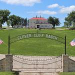 Clover Cliff Ranch Bed and Breakfast,  Elmdale