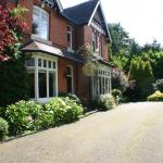 Hotel Pictures: Glenlyon Bed and Breakfast, Solihull