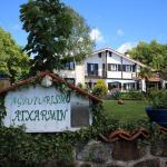 Hotel Pictures: Agroturismo Atxarmin, Elosu