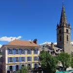 Hotel Pictures: Le Grand Hotel, Barcelonnette