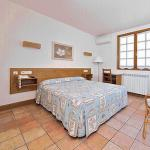 Hotel Pictures: Hostal Lorentxo, Olave