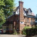 Awentsbury Hotel near Birmingham University, Birmingham