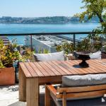 Portuguese Living Chiado Penthouse, Lisbon