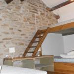 Hotel Pictures: La Source et la Sorciere Gîte et Chambre d'Hôtes, Cabrespine