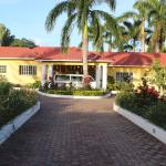 Villa Loyola, Ocho Rios