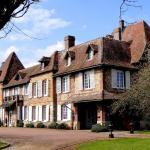 Hotel Pictures: Chateau de Saint Aubin sur Risle, Ajou