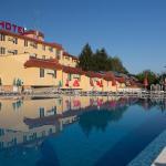 Hotel Pictures: Zornica Hotel, Kazanlŭk