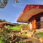 Hotel Pictures: Zwinkels Mountain Lodge, Belo