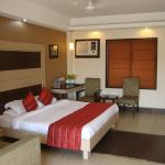 Pacific Inn - Huda City Center, Gurgaon