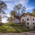 Hotel Pictures: Schlossgaststätte Hohenberg, Seeshaupt
