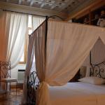 Castel Sant'Angelo Large Apartment, Rome