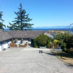 Hotel Pictures: Hammond Bay Oceanside B&B, Nanaimo
