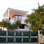 Xanemos Villa, Skiathos Town