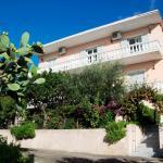 Apostolos & Eleni Family Apartments,  Perama