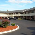 Americas Best Value Inn Bristol,  Levittown