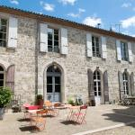 Hotel Pictures: Au Bonheur d'Alphonse, Lusignan-Petit