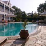 Villa Riviera, Stavros